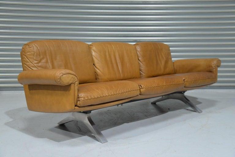 Mid-Century Modern Vintage De Sede DS 31 Leather Three-Seat Sofa, Switzerland 1970s For Sale