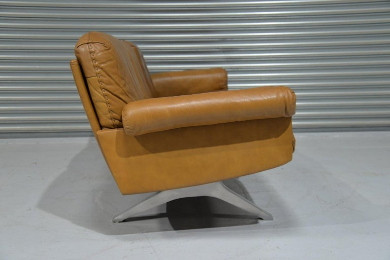 Swiss Vintage De Sede DS 31 Leather Three-Seat Sofa, Switzerland 1970s For Sale