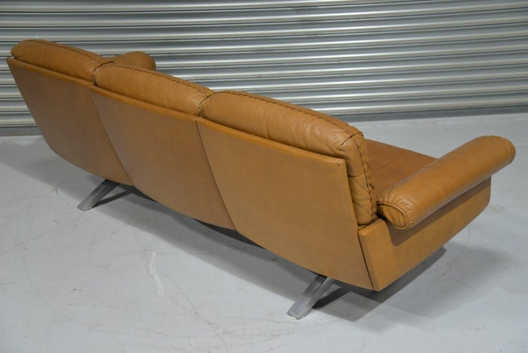 Late 20th Century Vintage De Sede DS 31 Leather Three-Seat Sofa, Switzerland 1970s For Sale