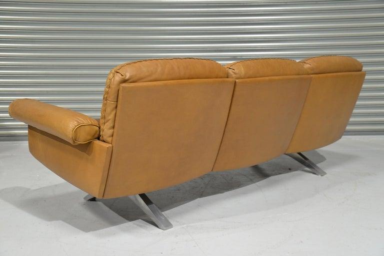 Vintage De Sede DS 31 Leather Three-Seat Sofa, Switzerland 1970s For Sale 1