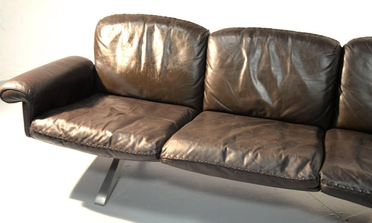 Vintage De Sede DS 31 Leather Three-Seat Sofas, Switzerland 1970`s For Sale 8