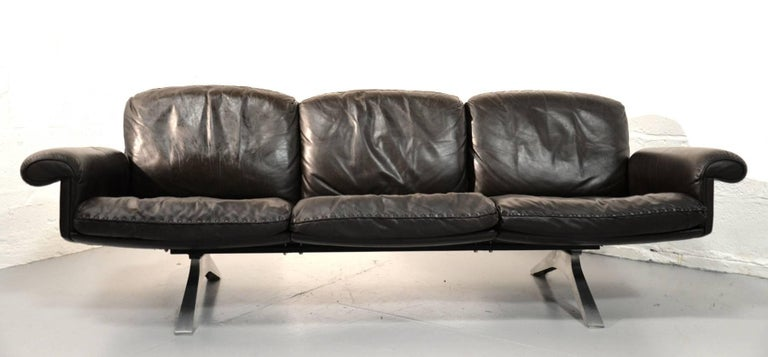Vintage De Sede DS 31 Leather Three-Seat Sofas, Switzerland 1970`s For Sale 3