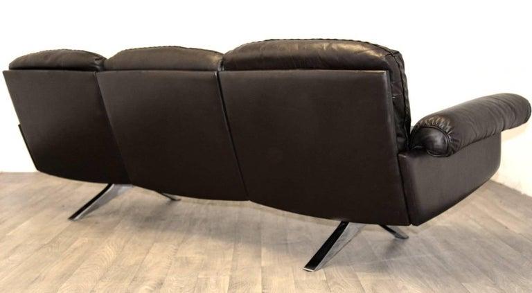 Vintage De Sede DS 31 Leather Three-Seat Sofas, Switzerland 1970`s For Sale 3