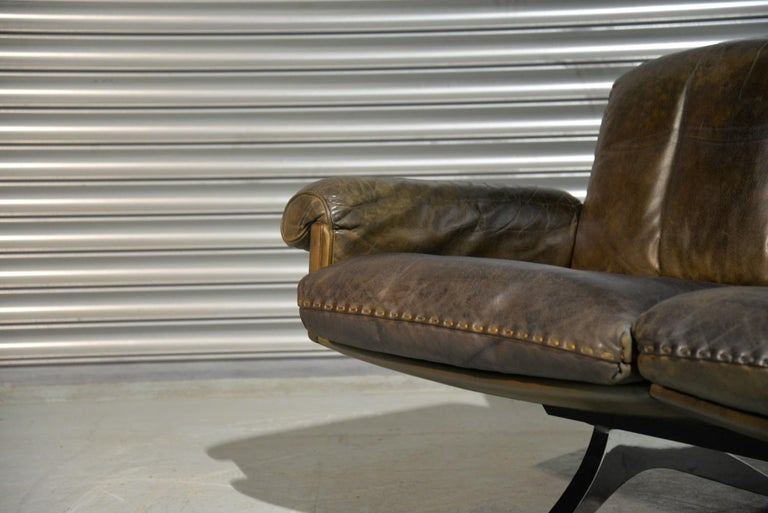Vintage De Sede DS 31 Leather Two-Seat Sofa or Loveseat, Switzerland 1970s For Sale 4