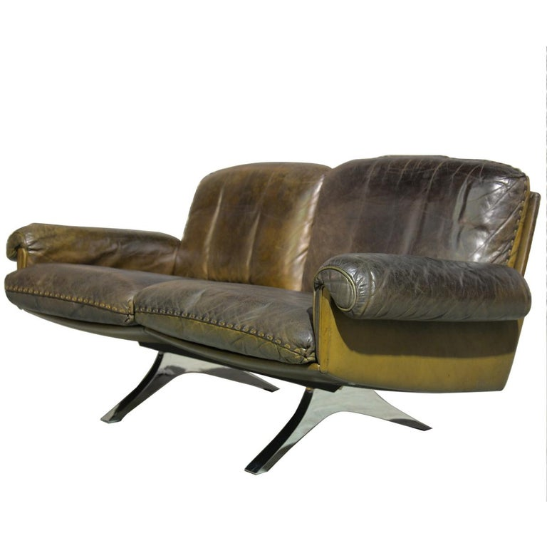 Vintage De Sede DS 31 Leather Two-Seat Sofa or Loveseat, Switzerland 1970s For Sale