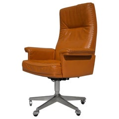 Vintage De Sede DS 35 Executive Swivel Armchair on Castors, Switzerland, 1960s