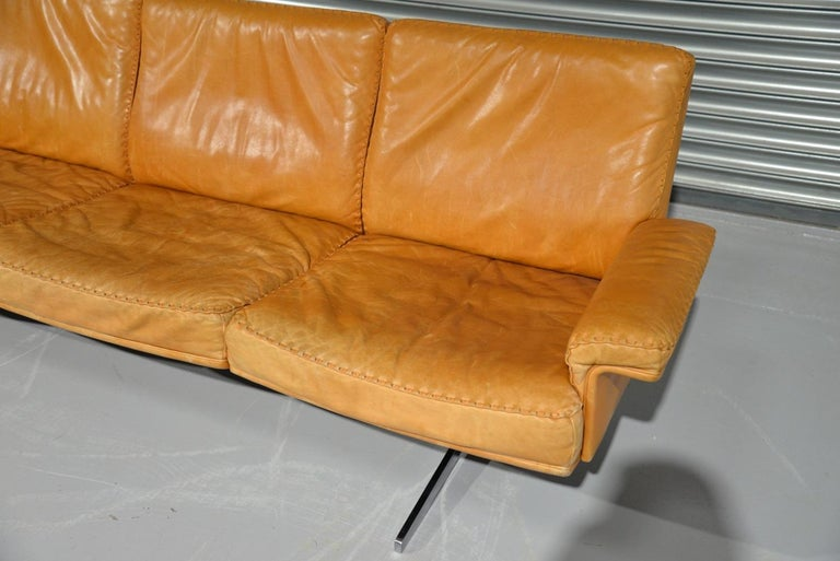 Vintage De Sede DS 35 Leather Three-Seat Sofa, Switzerland, 1960s For Sale 6
