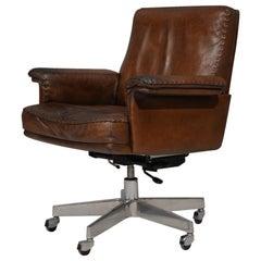 Vintage De Sede DS 35 Executive Swivel Armchair on Castors, Switzerland 1960s
