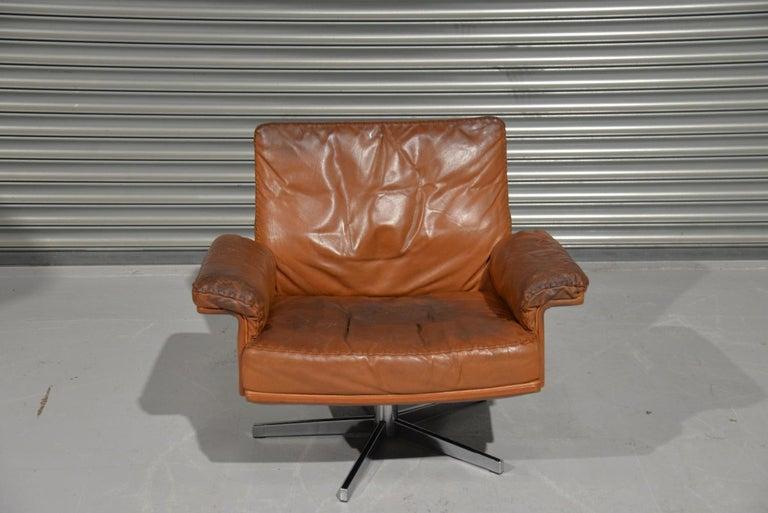 Vintage De Sede DS 35 Swivel Lounge Armchair, 1970`s For Sale 3