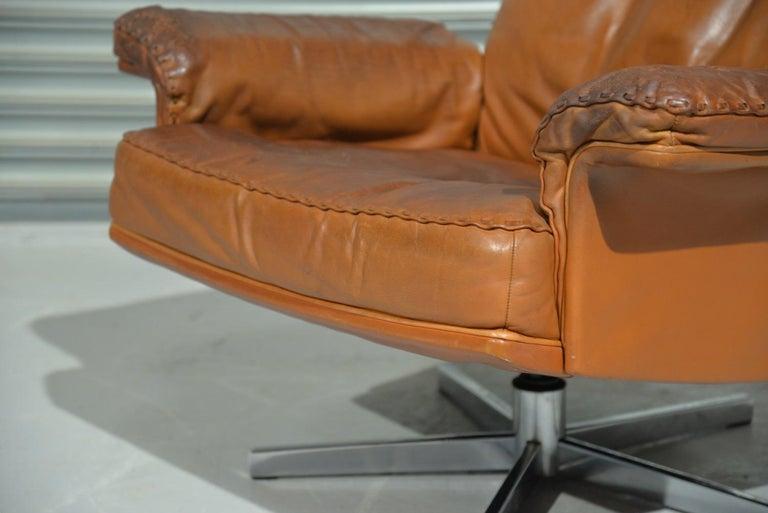 Vintage De Sede DS 35 Swivel Lounge Armchair, 1970`s For Sale 4