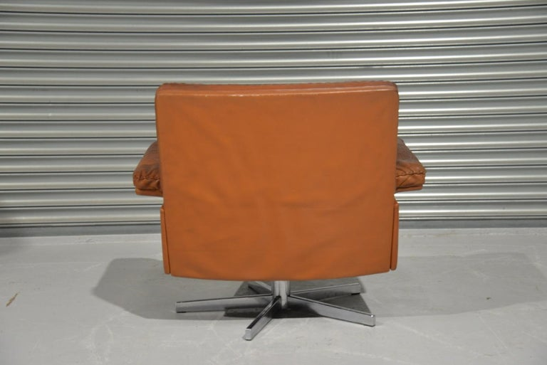 Vintage De Sede DS 35 Swivel Lounge Armchair, 1970`s In Good Condition For Sale In Fen Drayton, Cambridgeshire