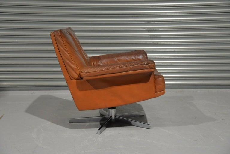 Leather Vintage De Sede DS 35 Swivel Lounge Armchair, 1970`s For Sale