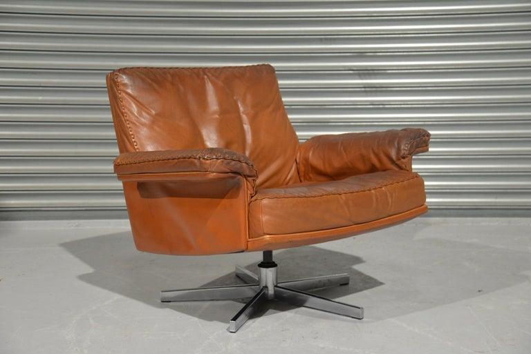 Vintage De Sede DS 35 Swivel Lounge Armchair, 1970`s For Sale 1