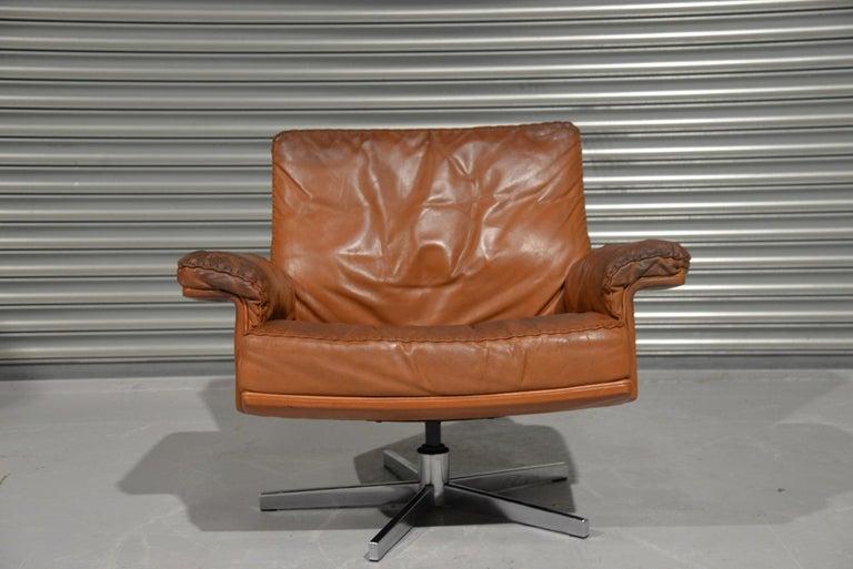 Vintage De Sede DS 35 Swivel Lounge Armchair, 1970`s For Sale 2