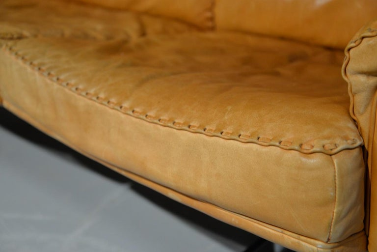 Vintage De Sede DS 35 Leather Three-Seat Sofa, Switzerland 1960s For Sale 8