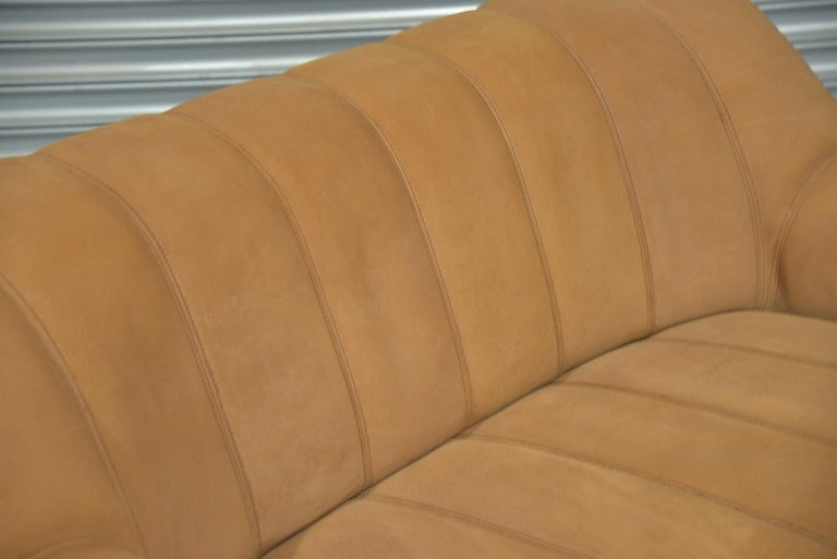 Vintage De Sede DS 44 Leather Two-Seat Sofa or Loveseat Switzerland 1970`s For Sale 9