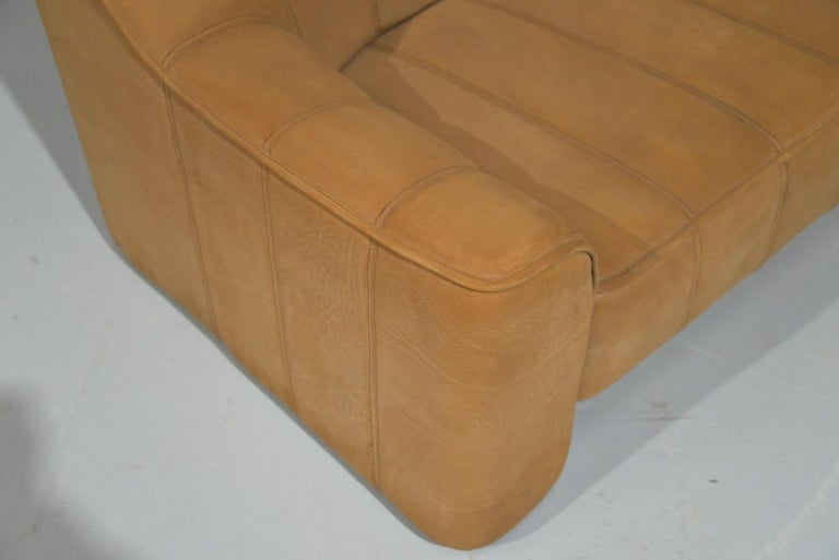 Vintage De Sede DS 44 Leather Two-Seat Sofa or Loveseat Switzerland 1970`s For Sale 10