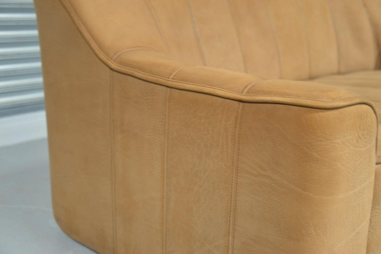 Vintage De Sede DS 44 Leather Two-Seat Sofa or Loveseat Switzerland 1970`s For Sale 11