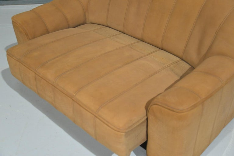 Vintage De Sede DS 44 Leather Two-Seat Sofa or Loveseat Switzerland 1970`s For Sale 7
