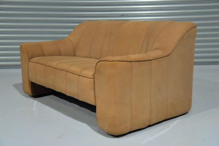 Swiss Vintage De Sede DS 44 Leather Two-Seat Sofa or Loveseat Switzerland 1970`s For Sale