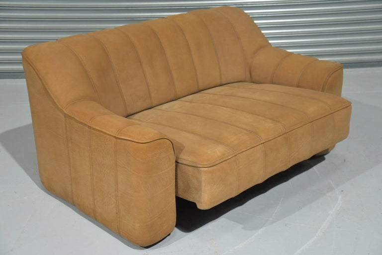 Late 20th Century Vintage De Sede DS 44 Leather Two-Seat Sofa or Loveseat Switzerland 1970`s For Sale