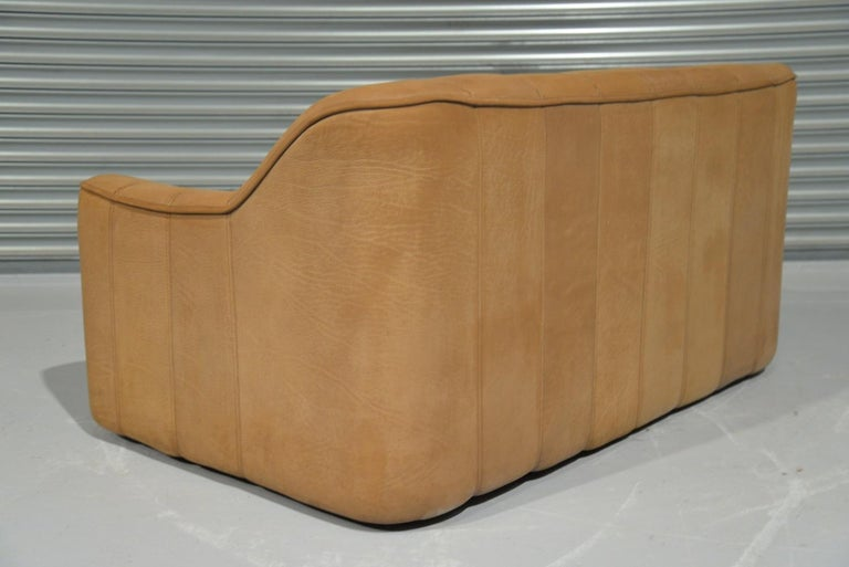 Vintage De Sede DS 44 Two-Seat Neck Leather Sofas / Loveseats, Switzerland 1970s For Sale 9