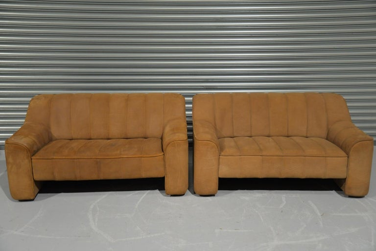 Late 20th Century Vintage De Sede DS 44 Two-Seat Neck Leather Sofas / Loveseats, Switzerland 1970s For Sale