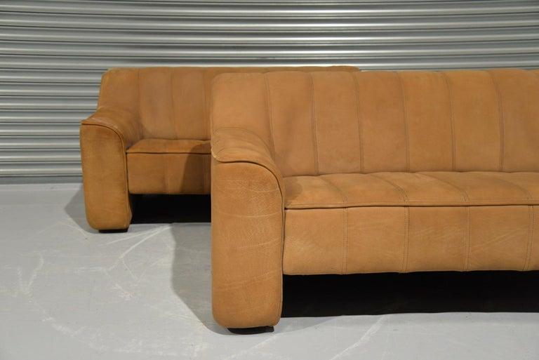 Vintage De Sede DS 44 Two-Seat Neck Leather Sofas / Loveseats, Switzerland 1970s For Sale 2