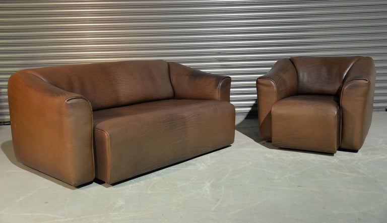 Discounted airfreight for our US and International customers (from 2 weeks door to door)  We are delighted to bring to you an ultra rare vintage De Sede DS 47 armchair and sofa suite. Hand built in the 1970s by De Sede craftsman in Switzerland,