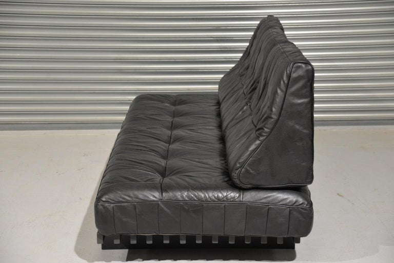 Vintage De Sede DS 80 Patchwork Leather Daybed, Switzerland, 1960s In Good Condition For Sale In Fen Drayton, Cambridgeshire