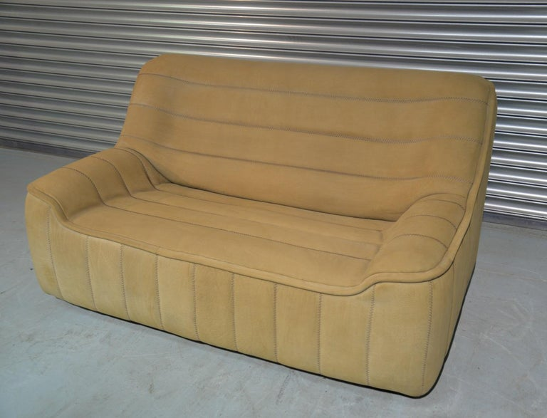 Mid-Century Modern Vintage De Sede DS 84 Leather Sofa, Switzerland 1970s For Sale