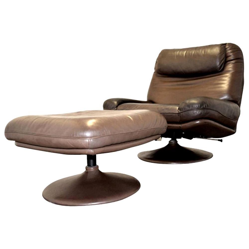 Vintage De Sede Leather Swivel Armchair and Ottoman, Switzerland, 1980s