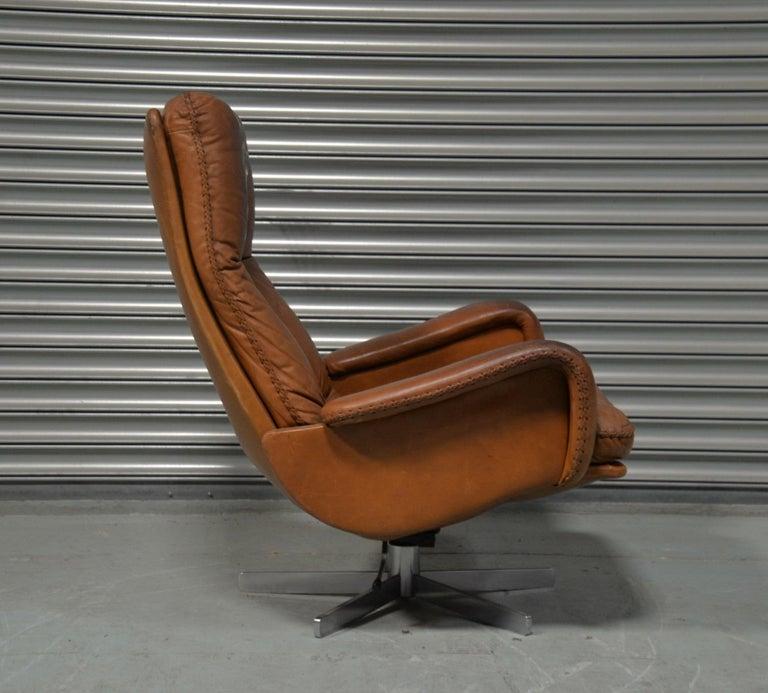 Vintage De Sede S 231 James Bond Swivel Armchair with Ottoman, Switzerland 1960s For Sale 4