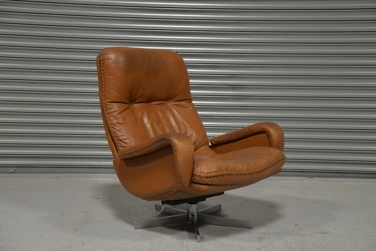 Vintage De Sede S 231 James Bond Swivel Armchair with Ottoman, Switzerland 1960s For Sale 5