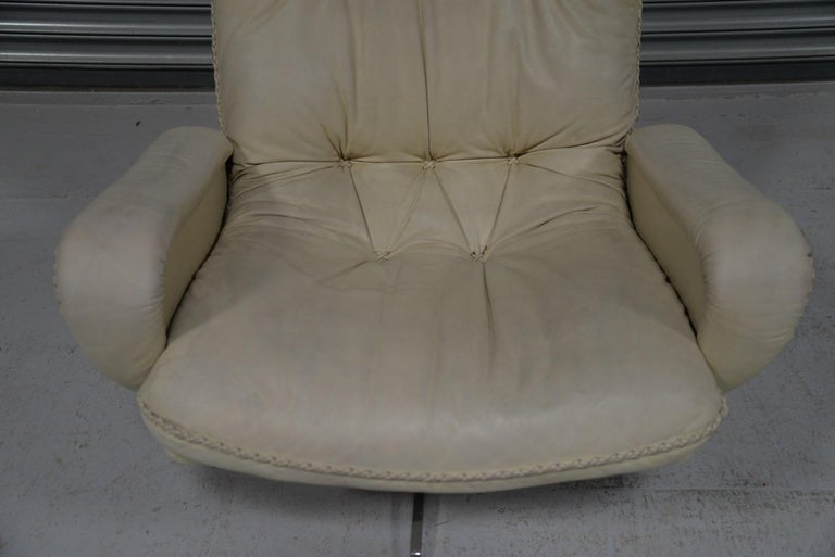 Vintage De Sede S 231 James Bond Swivel Armchair with Ottoman, Switzerland 1960s For Sale 6