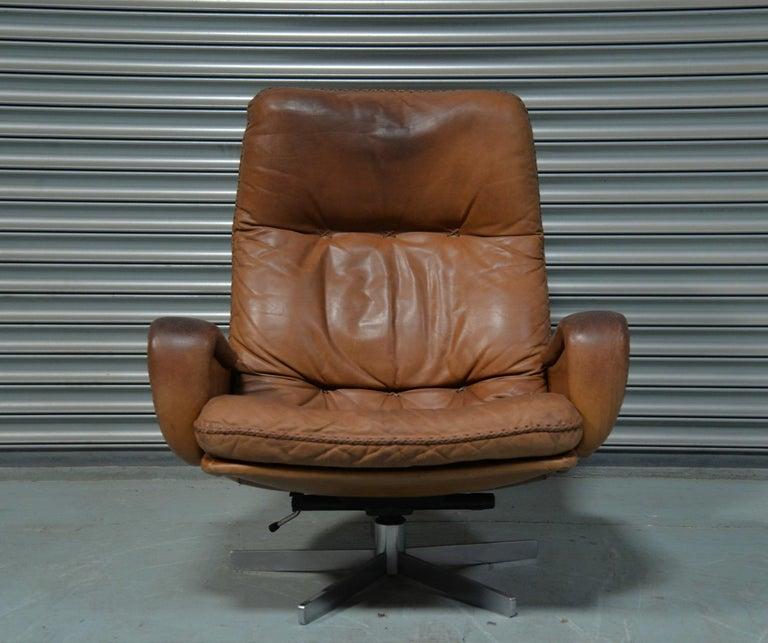 Vintage De Sede S 231 James Bond Swivel Armchair with Ottoman, Switzerland 1960s For Sale 6