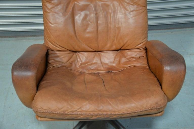 Vintage De Sede S 231 James Bond Swivel Armchair with Ottoman, Switzerland 1960s For Sale 7
