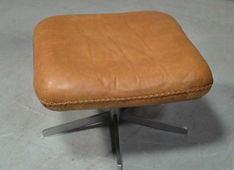 Vintage De Sede S 231 James Bond Swivel Armchair with Ottoman, Switzerland 1960s For Sale 11