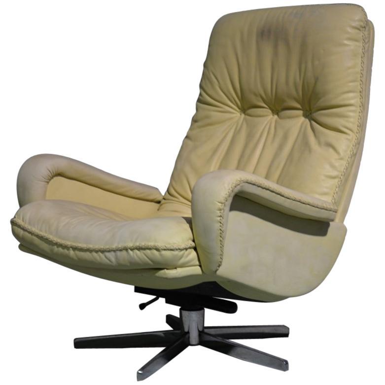 Vintage De Sede S 231 James Bond Swivel Lounge Armchair, Switzerland 1960s