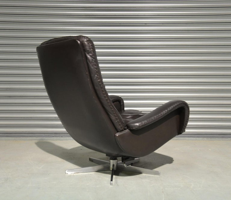 Vintage De Sede S 231 James Bond Swivel Armchair and Ottoman, Switzerland 1960s 3