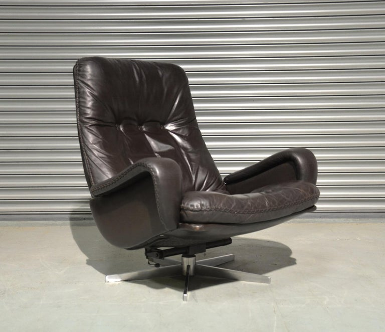 Vintage De Sede S 231 James Bond Swivel Armchair and Ottoman, Switzerland 1960s 5