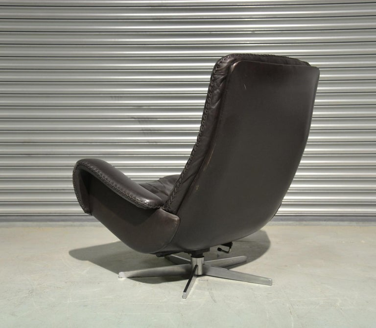 Vintage De Sede S 231 James Bond Swivel Armchair and Ottoman, Switzerland 1960s 1