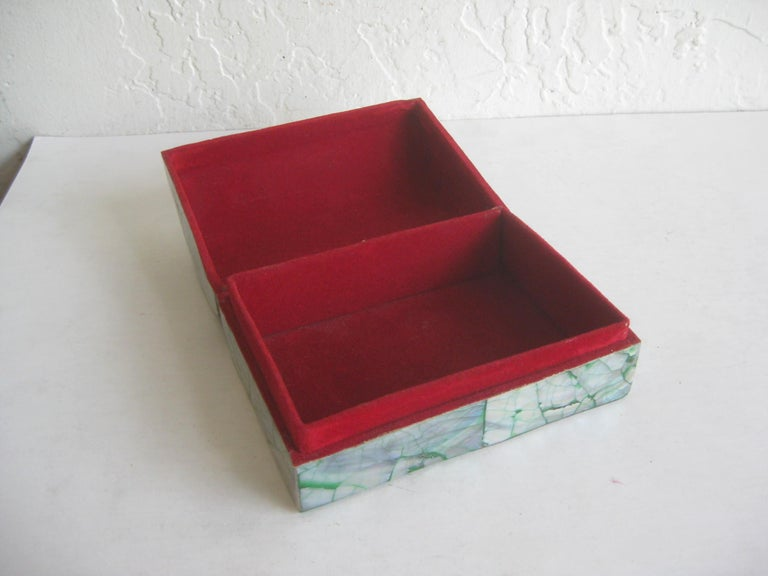 20th Century Vintage Decorative Crackled Natural Abalone Shell Desk Stash Jewelry Box For Sale