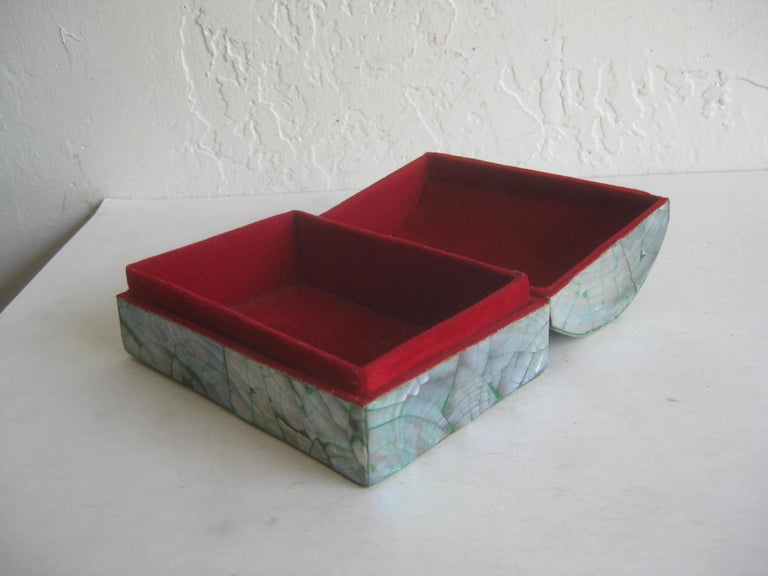 Vintage Decorative Crackled Natural Abalone Shell Desk Stash Jewelry Box For Sale 2
