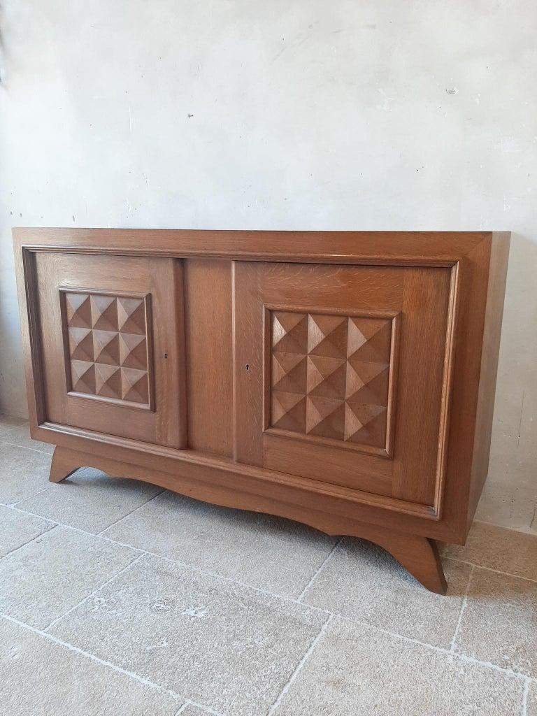 Vintage Design Brutalist Midcentury Oak Sideboard, Credenza by Charles Dudouyt In Good Condition For Sale In Baambrugge, NL
