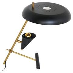 Vintage Design Italian ''Z'' Shaped Desk Lamp Attributed to Stilnovo 1950 Table