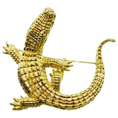 Vintage Designer Craig Drake 18 Karat Yellow Gold Alligator Brooch