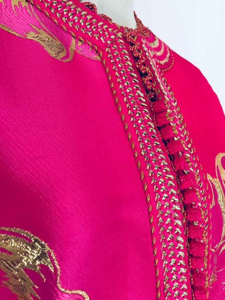 Vintage Designer Moroccan Caftan, Metallic Brocade Kaftan with Pink and Gold For Sale 5