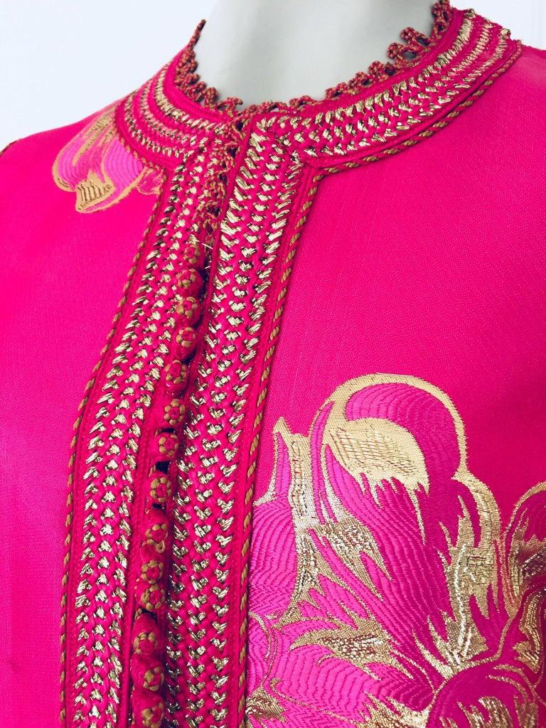 Vintage Designer Moroccan Caftan, Metallic Brocade Kaftan with Pink and Gold For Sale 6