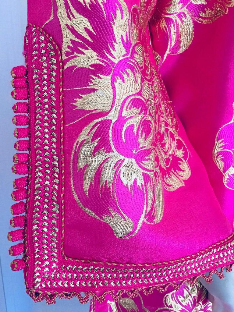 Vintage Designer Moroccan Caftan, Metallic Brocade Kaftan with Pink and Gold For Sale 9